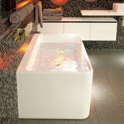 Cube Back to Wall Freestanding Bath